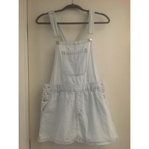 Light washed overall dress/skirt!
